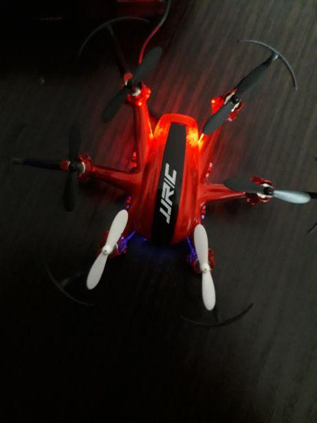 Mini dronă