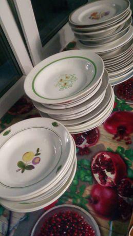 Продам тарелки кухонные