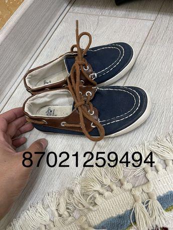Обувь Zara мокасины