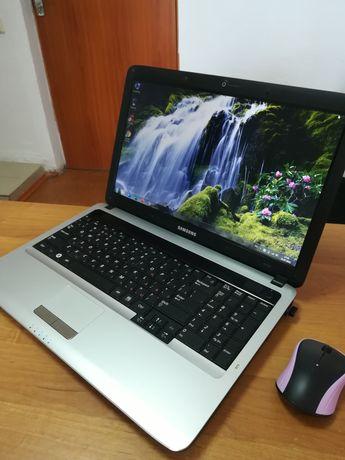 Надёжный и крепкий ноутбук Samsung