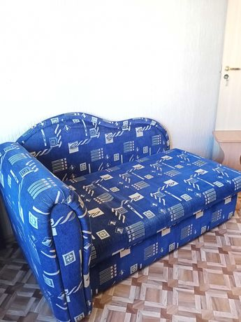 Продаётся диванчик раздвижной