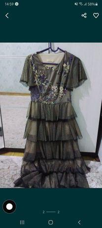 платье почти новое 10 мын тг