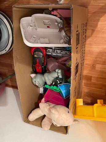 Игрушки детские продаются