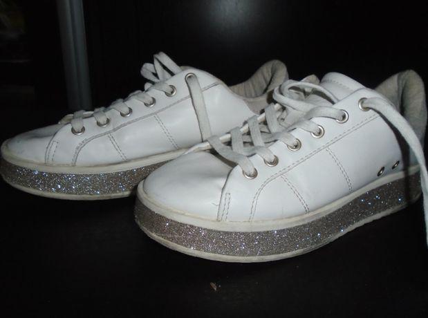 pantofi sport fete zara nr. 34 - 40 lei