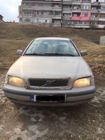 Volvo v40 2.0i Волво в40 на части!!