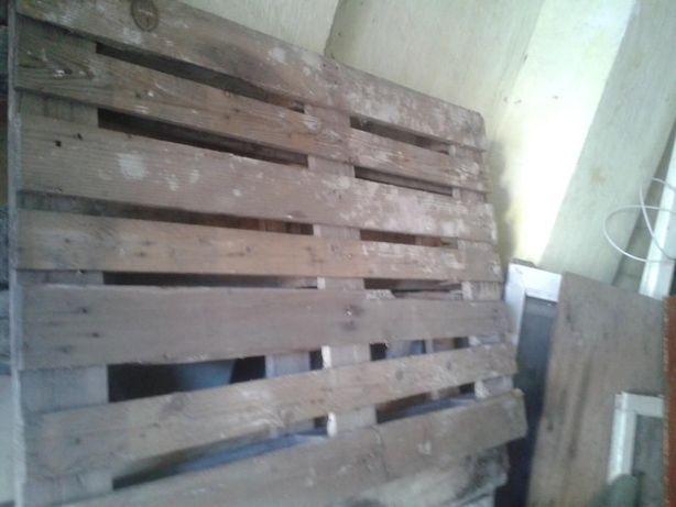 Paleti de lemn