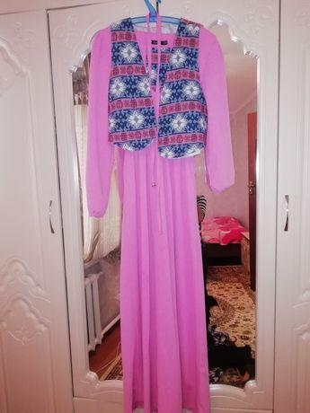 Продам платье, длинное размер стандарт