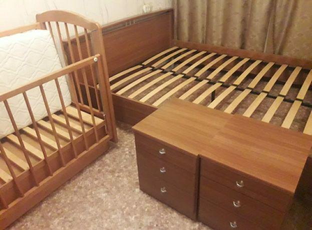 2сп кровать (Россия) + 2 тумбочки
