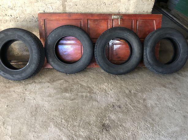 Продам шины ( Ttiangle) 225/70 R16