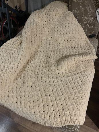 Ръчно изплетено одеяло