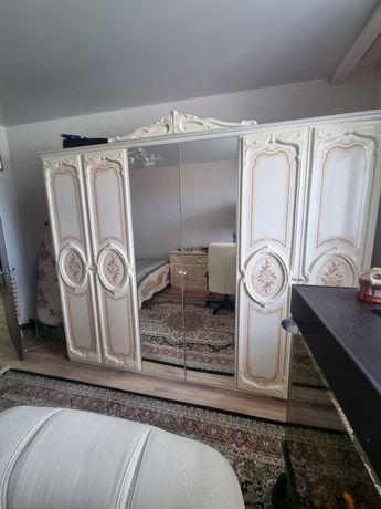 Шкаф и кровать 160х200