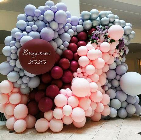 Фотозона. Оформление шарами, цветами, ПВХ.Баннер.