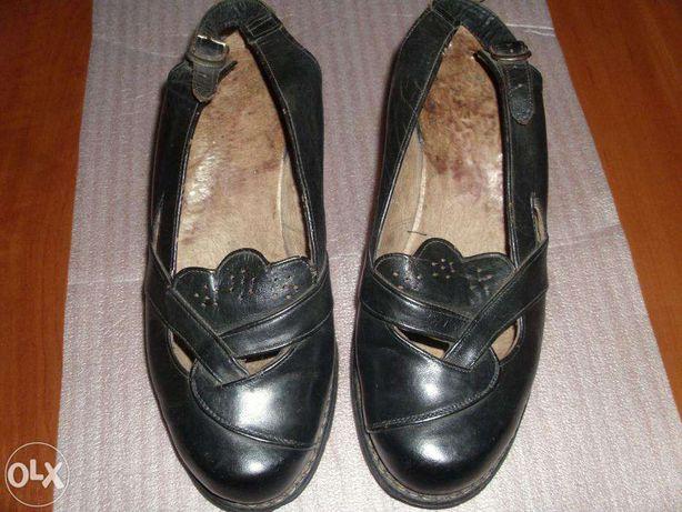 Incaltaminte RETRO Pantofi de dama din piele veritabila