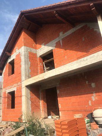 Vând casă în Vladimirescu cartier Europa