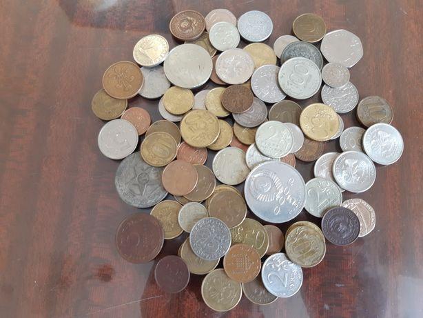 Продам монеты разные