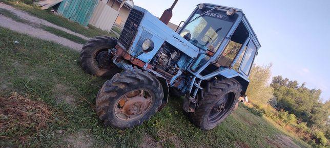 Продам трактор с агрегатами!