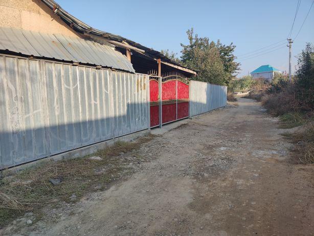 Продам дом в поселке Райымбек