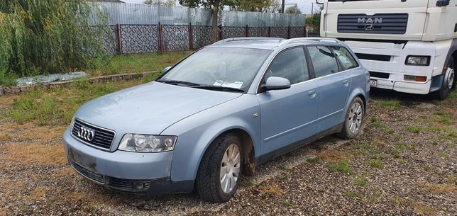 Dezmembrez Audi A4 B6 2002 1.9tdi AWX