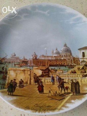 Колекционерска декоративна чиния, порцелан Италия 23,5 см.
