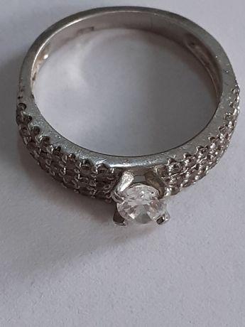Vand schimb inel argint cu cristale B
