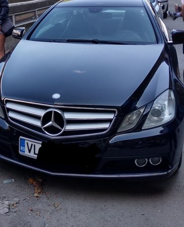 Mercedes e220 cupe