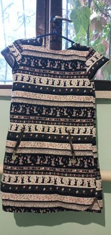 Платье тёплое на 8-9