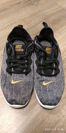 Маратонки Nike,номер 40