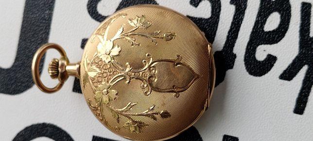 Pendativ Superb ceas de buzunar carcasa aur gravat manual antic