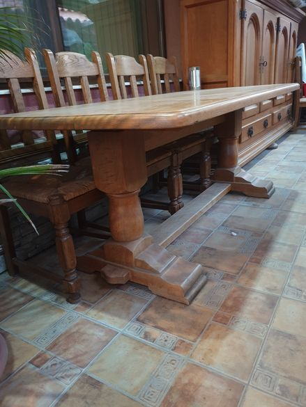Маси и столове масив бартер продавам