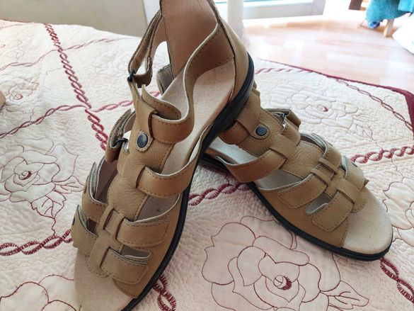 Дамски сандали естествена кожя
