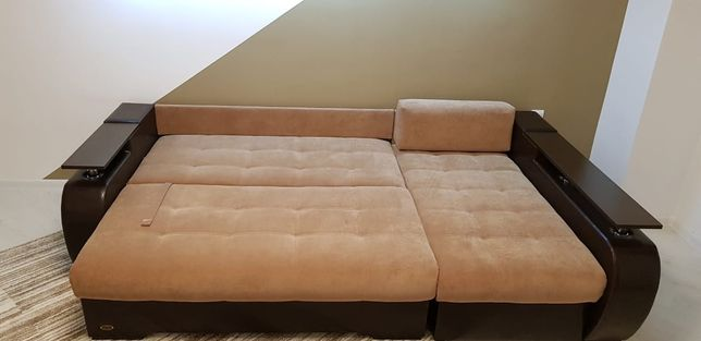 Продам диван в хорошем состояние.