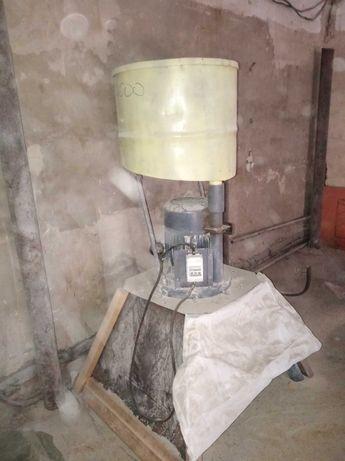 Зернодробилка 3 фазная