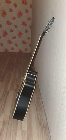 Гитар бвлшой сатлади