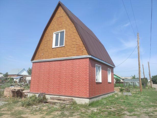 Дом в с. Прибрежное, участок 10 соток.