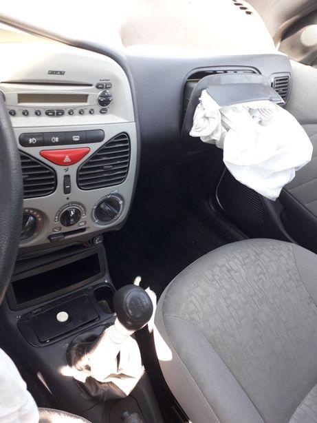 Dezmembrez Fiat Albea 1.2 benzina anul 2007-2005