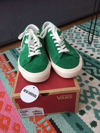 Tenisi Sneakers Vans Off The Wall Adidas Yeezy Ultra Boost Nike Puma