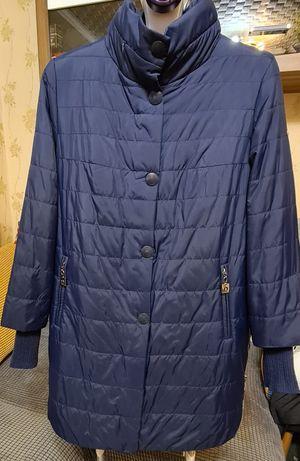 Продам демисезанную утепленную куртку