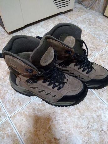 Зимни обувки Cabelias