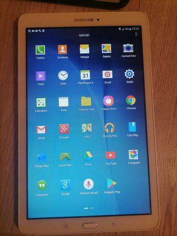 Tableta / telefon Samsung Tab E