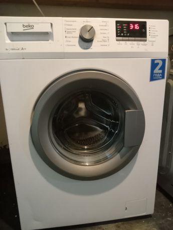 Продам стиральную машину Беко