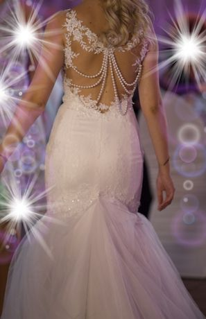 Rochie de mireasa sirena cu dantela si perle