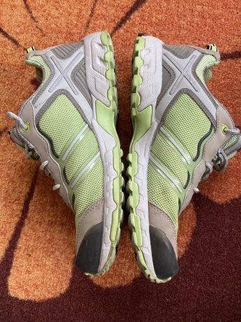 Дамски туристически обувки / маратонки HEAD, номер 40