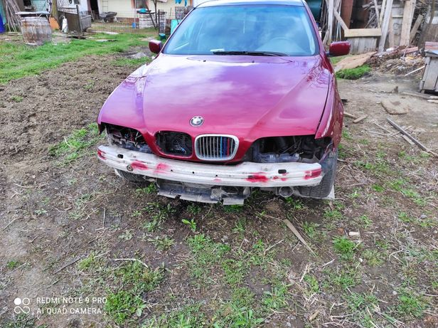 Dezmembrez BMW E39:motor 2000 236 cp
