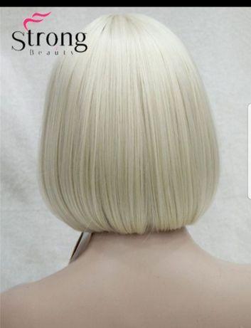 Peruca blond deschis alb platinat breton