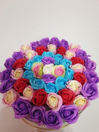 Aranjamente din trandafiri săpun