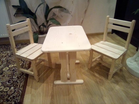Детски комплект масичка и столчета