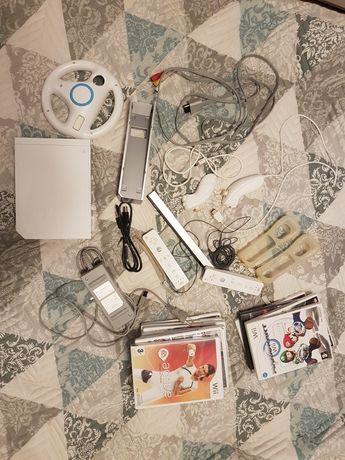 Vand consola Wii cu CD