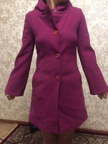 Продам пальто куртки