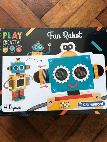 Креаривна детска игра блещястия робот/ Dun robot clementoni