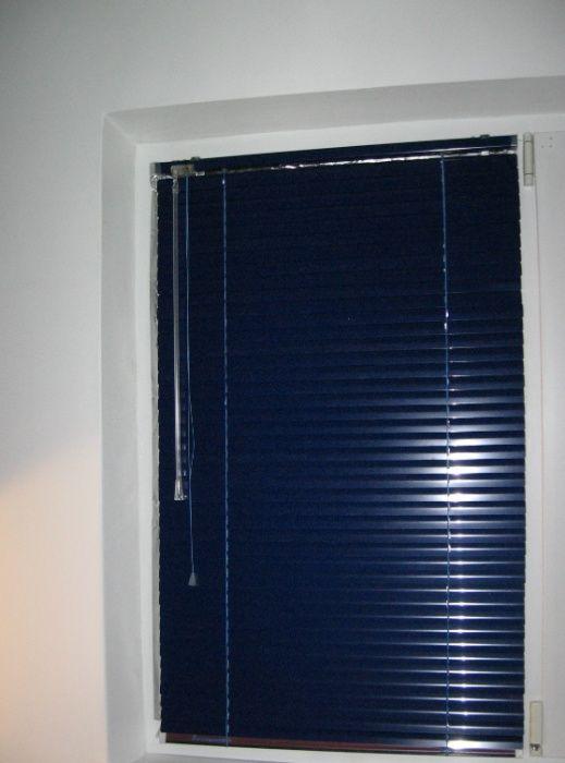 Jaluzea aluminiu albastra